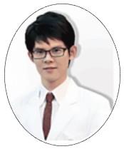 雅文皮膚科診所院長黃千耀醫師